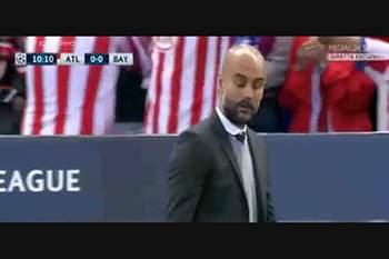 Saul marca golo à Messi frente ao Bayern