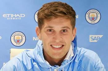 Manchester City anuncia contratação de John Stones