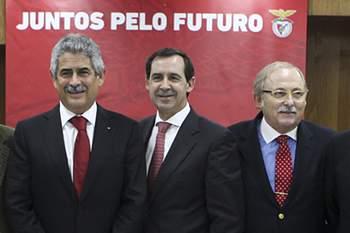 Domingos Almeida Lima ao lado de Rui Gomes da Silva e Luís Filipe Vieira