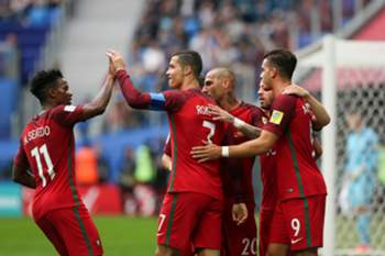 Portugal's Cristiano Ronaldo (2-L) celebrates with his teammates after scoring a goal against New Zealand during the FIFA Confederations Cup Group A match at Saint Petersburg Stadium, in St. Petersburg, Russia, 24 June 2017. MARIO CRUZ/LUSA