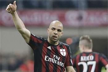 Alex é o 'patrão' pretendido para a defesa do FC Porto