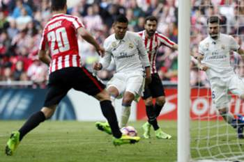 Casemiro marcou o golo da vitória do Real Madrid sobre o Athletic de Bilbao por 2-1