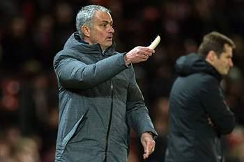 Mourinho entrega banana para Rojo