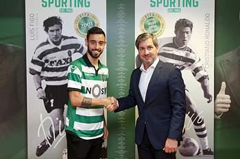 Bruno Fernandes assina pelo Sporting