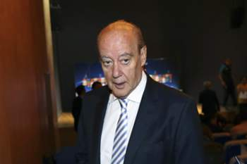 FC Porto's President Jorge Nuno Pinto da Costa (L) during the press conference at Dragao stadium in Porto, Portugal, 28 September 2015. FC Porto will face Chelsea in the UEFA Champions League soccer match on 29 September 2015. ESTELA SILVA/LUSA