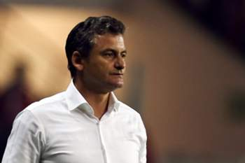 Tondela´s head-coach, Rui Bento, during their Portuguese First League soccer match with Benfica held at Aveiro Stadium, Portugal, 30 October 2015. PAULO NOVAIS/LUSA