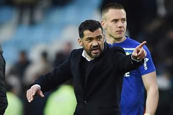 Sérgio Conceição reage após o empate com o Nice.