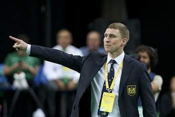 Treinador do Dina Moscovo.