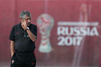 Portugal's head coach Fernando Santos leads a training session at Rubin Kazan training center, in Kazan, Russia, 16 June 2017. Portugal will face Mexico in a FIFA Confederations Cup Group A match on 18th June. MARIO CRUZ/LUSA