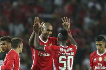 Benfica's Luisao and Nelson Semedo during their Portuguese Candido de Oliveira Supercup soccer against SC Braga match held at Aveiro Stadium, in Aveiro, Portugal, 7 August 2016. PEDRO TRINDADE/LUSA