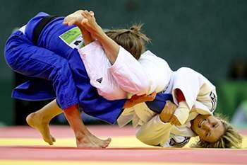 Judoca portuguesa descansa, apoia colegas e projeta futuro.