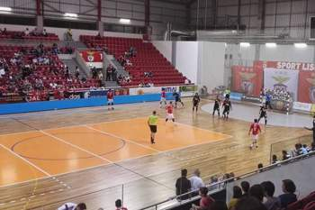 Jogo de andebol entre Benfica e Águas Santas no Pavilhão da Luz.