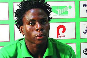 Samuel Nlend, jogador camaronês que foi despedido por ser portador do vírus da SIDA