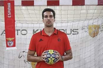 Benfica contrata Miguel Espinha