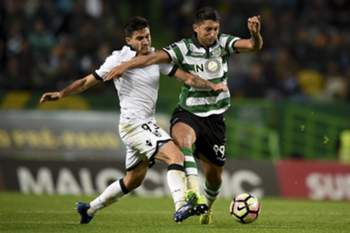 Celis e Hurtado garantidos a título definitivo no V. Guimarães