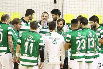 Equipa de andebol do Sporting.