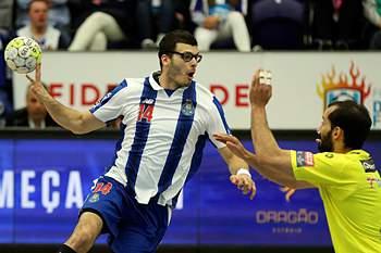 FC Porto vence ABC e mantém-se no topo do campeonato