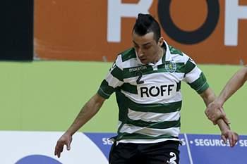 Ala marcou dois golos na vitória leonina.
