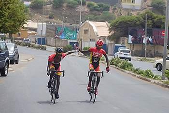 Ciclista francês conquista a Volta Santiago 2016