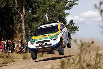 Carlos Sousa continua em prova no Dakar