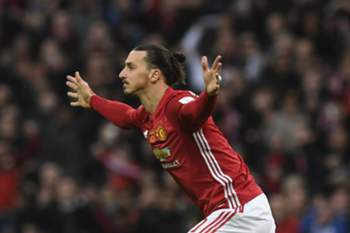 epa05816585 Manchester United's Zlatan Ibrahimovic celebrates after scoring against Southampton FC during the English Football League Cup Final at Wembley Stadium, London, Britain, 26 February 2017. EPA/WILL OLIVER EDITORIAL USE ONLY. No use with unauthorized audio, video, data, fixture lists, club/league logos or 'live' services. Online in-match use limited to 75 images, no video emulation. No use in betting, games or single club/league/player publications.