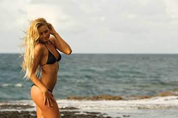 Surf: Alana Blanchard