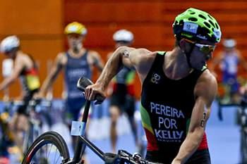 João Pereira em ação nos Campeonatos da Europa de Triatlo.