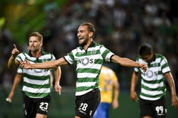 Sporting celebra golo frente ao Estoril