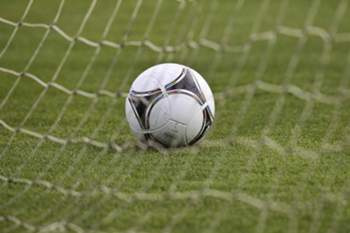 Benfica bate Sporting e sagra-se campe