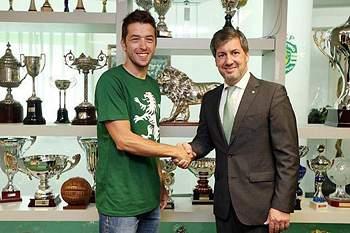 Hugo Ribeiro é o novo reforço da equipa de voleibol do Sporting
