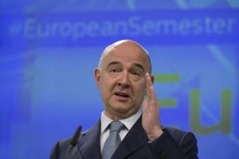 epa05981145 European commissioner in charge of Economic and Financial Affairs Pierre Moscovici gives a press conference to present the 'European Semester 2017', in Brussels, Belgium, 22 May 2017. European Semester provides a framework for the coordination of economic policies across the European Union. EPA/OLIVIER HOSLET