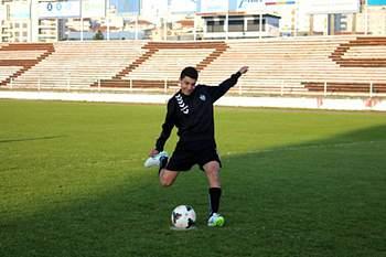 Jogador da Sanjoanense ruma a Inglaterra.