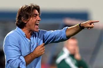 Sá Pinto dá indicações durante o jogo com o Altach.