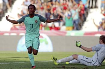 Portugal Gelson Martins celebrates after scoring a goal against Greece during their Euro 2017 Under 21 qualification match held at Barcelos City stadium, 6 September 2016.