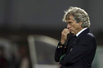 Sporting head-coach Jorge Jesus reacts during their Portuguese First League soccer match against Rio Ave, held in Arcos stadium, in Vila do Conde, Portugal, 18th September 2016. JOSE COELHO/LUSA