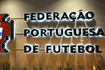3f65eba8d1256766b974888542541bbc0faab726.jpg • Logotipo da Federação Portuguesa de Futebol. ANTONIO COTRIM/LUSA • © 2008 LUSA - Agência de Notícias de Portugal, S.A.