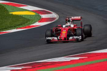 epa05401431 German Formula One driver Sebastian Vettel of Scuderia Ferrari in action during the second practice session at the 2016 Formula One Grand Prix of Austria in Spielberg, Austria, 01 July 2016. The 2016 Formula One Grand Prix of Austria will take place on 03 July 2016. EPA/CHRISTIAN BRUNA