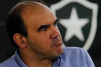 Treinador do Botafogo.