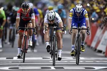 Peter Sagan venceu a terceira etapa da Volta a França.