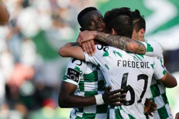 Moreirense players celebrate a goal against FC Porto during the Portuguese First League soccer match between Moreirense and FC Porto, held at Comendador Joaquim de Almeida Freitas stadium, in Moreira de Cónegos, Portugal, 21 may 2017. ESTELA SILVA/LUSA