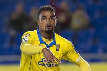 Villarreal perde com o Las Palmas e arrisca acesso direto à Liga Europa com um golo de Kevin-Prince Boateng.