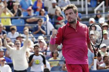epa05526185 Stan Wawrinka of Switzerland reacts after defeating Illya Marchenko of Ukraine on the eighth day of the US Open Tennis Championships at the USTA National Tennis Center in Flushing Meadows, New York, USA, 05 September 2016. The US Open runs through September 11. EPA/PETER FOLEY