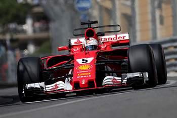 GP Mónaco F1: Sebastian Vettel imparável em 'dobradnha' Ferrari