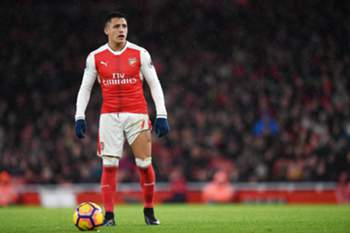 epa05694570 Arsenal's Alexis Sanchez prepares to take a free-kick during his teams match against Crystal Palace during an English Premier League soccer match at the Emirates Stadium in London, Britain, 01 January 2017. EPA/ANDY RAIN EDITORIAL USE ONLY. No use with unauthorized audio, video, data, fixture lists, club/league logos or 'live' service. Online in-match use limited to 75 images, no video emulation. No use in betting, games or single club/league/player publications