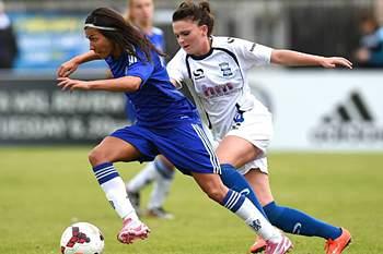 Ana Borges em ação pelo Chelsea