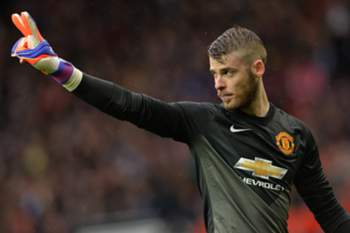 epa04701946 Manchester United's David De Gea reacts during the English Premier League soccer match between Manchester United and Manchester City at the Old Trafford in Manchester, Britain, 12 April 2015. EPA/PETER POWELL DataCo terms and conditions apply https://www.epa.eu/files/Terms%20and%20Conditions/DataCo_Terms_and_Conditions.pdf