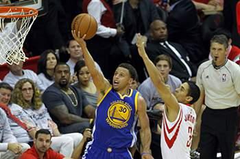 Stephen Curry em destaque