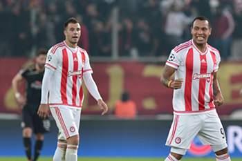 Pardo celebra o golo da vitória sobre o Dínamo Zagreb.