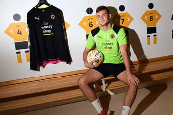 Jack Ruddy no balneário do Wolves