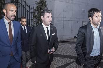 Costinha, Maniche e Deco, três homens do futebol com fortes ligações a Jorge Mendes.